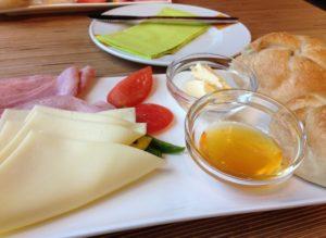 Biofrühstück im denn's Biomarkt